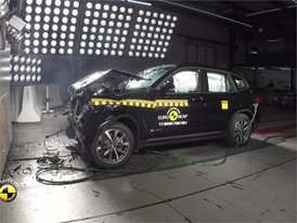 BMW X3 - Crash Tests 2017