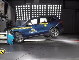 BMW X5 - Crash Tests 2018