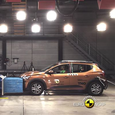 Dacia Sandero Stepway - Crash & Safety Tests - 2021