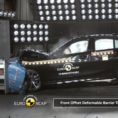 BMW 4 Series Convertible - Crash & Safety Tests - 2019
