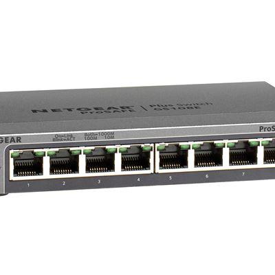 8-Port Gigabit Ethernet Smart Managed Plus Switch