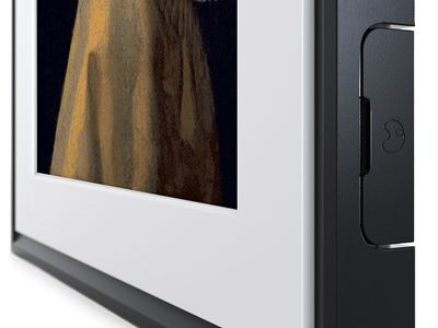 MC327BL 27-CloseUp-Transparent-vertical-Black