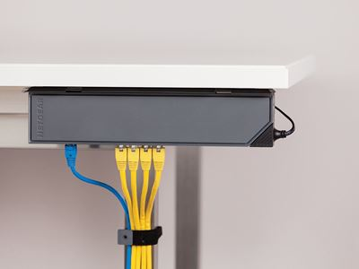 GSS108E Desk2 Spine Wired Horiz MedRes