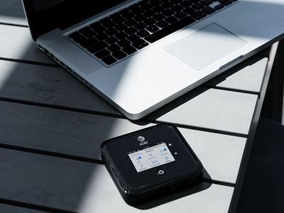 Nighthawk 5G WiFi 6  AT&T Hotspot (MR5100)  - Lifestyle