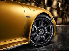 Braided carbon wheels for the Porsche 911 Turbo S Exclusive Series