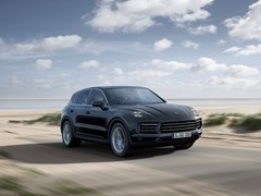 Fully Networked: Porsche Cayenne with New Connect Functions