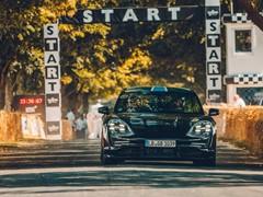 Half-Time in the Porsche Triple Demo Run
