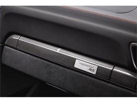 P17 0664 a5 rgb 911 GT2 RS Interior