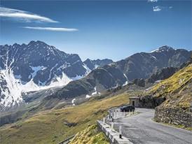 Der Porsche Cayenne in der Nähe des Mont Blanc