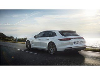 Sport Turismo becomes a plug-in hybrid