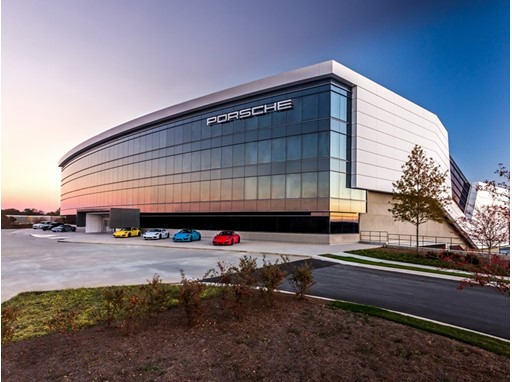 In Atlanta, Porsche Digital uses the premises of the Porsche Cars North America headquarters