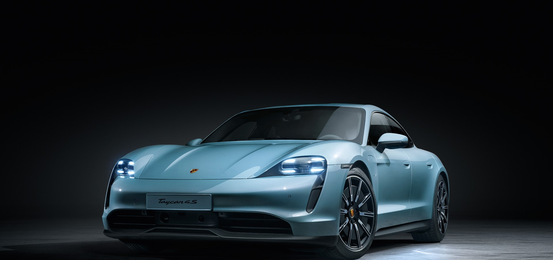 Porsche extends electric sports car range with Taycan 4s
