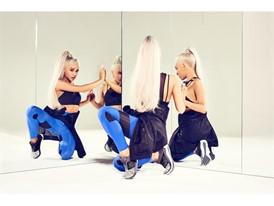 Ariana Grande Fast Flexweave