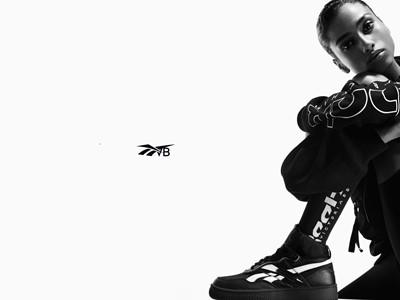 Victoria Beckham  - Reebok x VB Dual Court Mid II