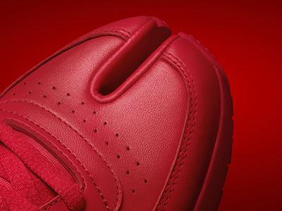 Maison Margiela x Reebok Classic - Leather - Tabi red - DETAIL 01 - 1920x1080