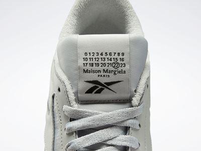 Maison Margiela x Reebok - Classic Leather - Tabi grey (8)