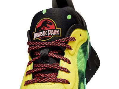 Reebok x Jurassic Park Zig Dynamica Junior D1