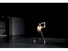 Eduardo Fukushima rehearses at Cloud Gate's studio.