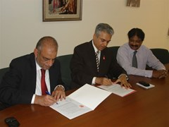 Coca-Cola Pakistan and Rotary team up against polio