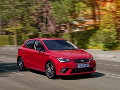 SEAT grows by 16% in April
