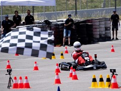 A team of students from the SEAT Apprentice School creates a winning electric kart