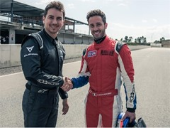 Dovizioso and Lorenzo, at the wheel of the CUPRA TCR