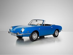 SEAT celebrates 50th anniversary of 1430 and 850 Spider at the Techno-Classica