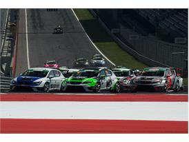 The SEAT Leon Eurocup returns to action (3)