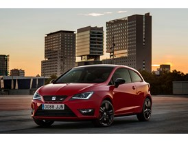 SEAT Ibiza CUPRA, exterior, static shot, 3/4 front view (2)