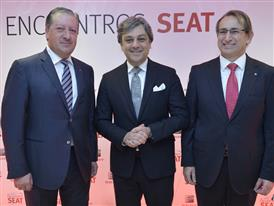 Ramón Paredes, SEAT Vice-President for Government Affairs; Luca de Meo, the company's Executive Committee Chairman, and