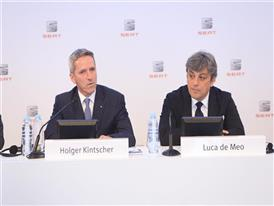 Chairman of the Executive Committee of SEAT, Luca de Meo, and SEAT Executive Vice-President for Finance, IT and Organiza