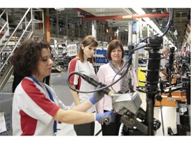 In the late 60's took place a massive recruitment of women, around 600, in the Zona Franca factory of SEAT