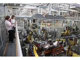 Today more than 1,700 women work on the SEAT assembly lines