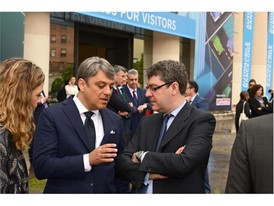 Luca de Meo and Álvaro Nadal, Minister of Energy, Turism and Digital Agenda Government of Spain