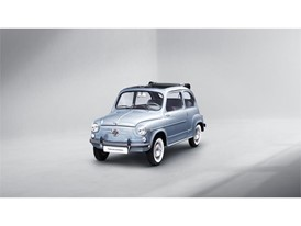 SEAT has restored a 600 D convertible on the occasion of the 60th anniversary of this legendary model