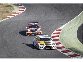 All cars participating in this race repeat the same course over 700 times, which requires utmost concentration
