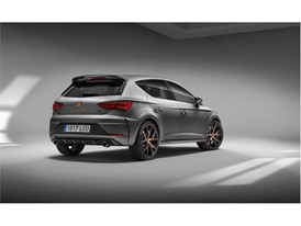 The new Leon CUPRA R, with a limited edition of 799 units, will go on sale at the end of 2017