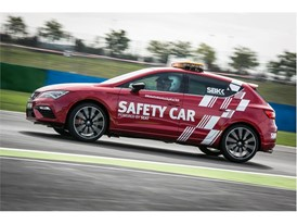 The SEAT Leon CUPRA, which accelerates from 0 to 100 km/h in less than five seconds, fulfils the requirements needed for