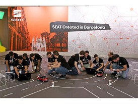 50 students from 9 Spanish universities have developed scale model vehicles to autonomous navigate through a closed circ