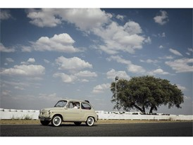 Launched in 1957, the SEAT 600 signalled the massive arrival of cars in Spain and completely changed mobility for the mi