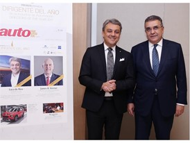 Chairman of the SEAT Board of Directors Dr. Francisco Javier García Sanz attended the AutoRevista Awards ceremony, where