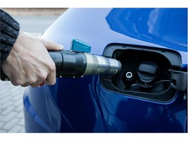 All CNG cars can refuel anywhere in Europe because every gas station uses a universal nozzle