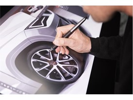 The design details of each part must reflect the new model's sportiness, style and strength