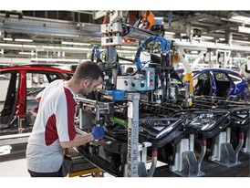 The sales success of the Ibiza, Arona and Leon lead to more job creation