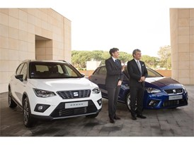 Photo of SEAT President Luca de Meo and SOVAC CEO Mourad Oulmi next to the first unit of the fifth generation Ibiza sold