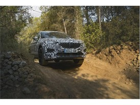 The SEAT Tarraco has been designed to successfully tackle lateral tilts of 85%