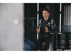 Jorge Lorenzo pointed out that the sound of the new model is similar to the buzzing of a mosquito