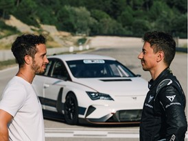 Jorge Lorenzo and Andrea Dovizioso chatting about their impressions at the wheel of the CUPRA e-Racer