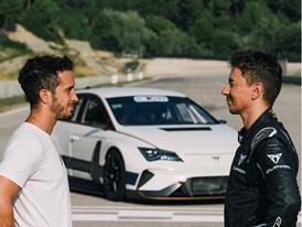 Lorenzo and Dovizioso, one on one