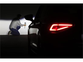 The intensity of the car's lights is verified with a photometer